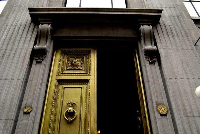 Imacec de abril: Economía chilena creció 2,1%