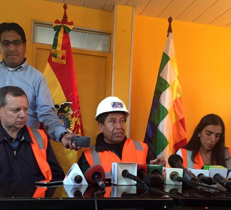 David Choquehuanca en su reciente visita NO Oficial a os puertos chilenos, donde tuvo gran cobertura de prensa chilena.