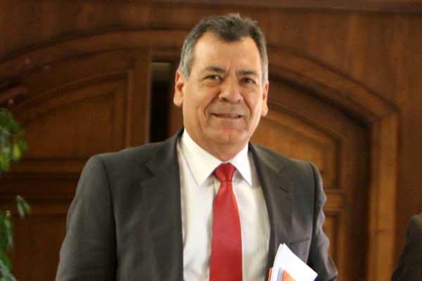 Crece malestar con visita de Choquehuanca: Diputado PS pide respeto a Chile