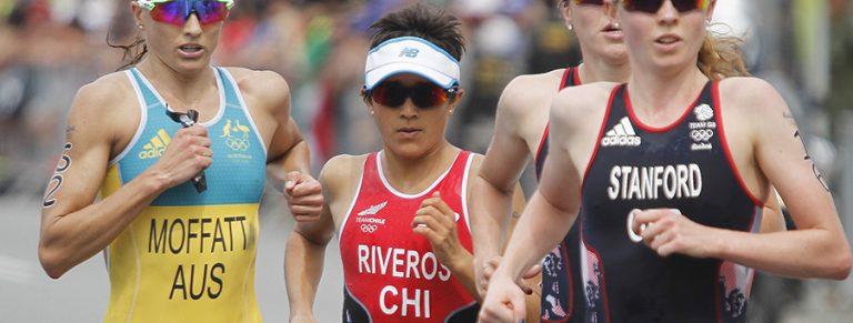 ¡Maestra e ídola!: Bárbara Riveros fue quinta en el triatlón de Río 2016