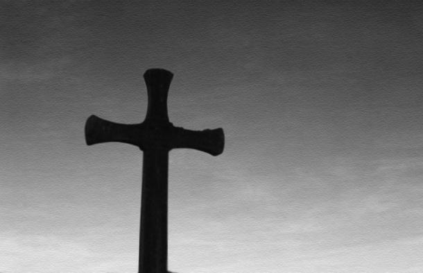 Sacerdote británico es arrestado por abusos sexuales contra menores de edad