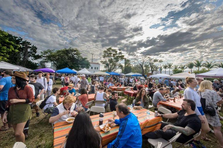 Miami, destino preferido por los jóvenes profesionales para viajar en temporada baja