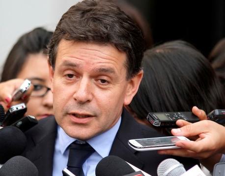 SQM: Fiscalía formaliza hoy a ex subsecretario Baier y a otras 32 personas