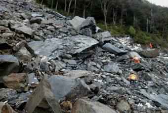 Indignante: Villa O'Higgins lleva 10 días  aislada por derrumbe