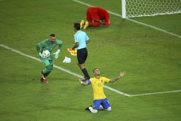 Era el último título que faltaba: Brasil ganó el oro en el fútbol masculino de Río 2016