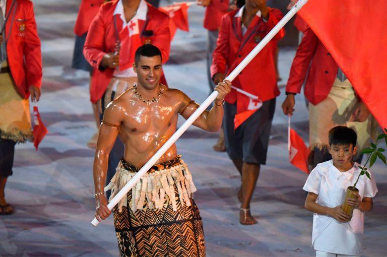 ¿Quién es el abanderado de Tonga?