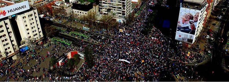 """Segunda marcha nacional """"No+AFPs"""":  1,3 millón de personas y convocan a cacerolazo para esta noche"""
