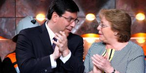 1418758843_bachelet-y-arenas