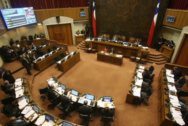 """Gobierno estudia recurrir al TC por 17 proyectos que tienen indicaciones """"abiertamente inadmisibles"""""""