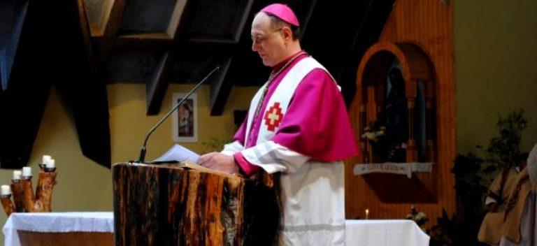Aysén: Obispo Infanti hace pedazos al sistema capitalista chileno en Te Deum de Fiestas Patrias