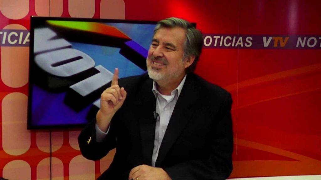 """Guillier cuestiona duramente a las AFP: """"Quieren más gasolina para el Mercedes-Benz"""""""