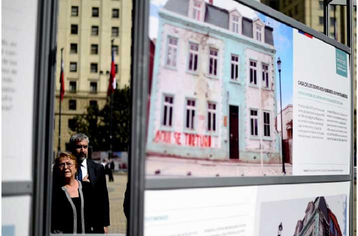 """A horas de recordar el golpe de Estado de 1973 Presidenta inaugura exposición  """"Sitios de Memoria: Patrimonio de los Derechos Humanos"""""""