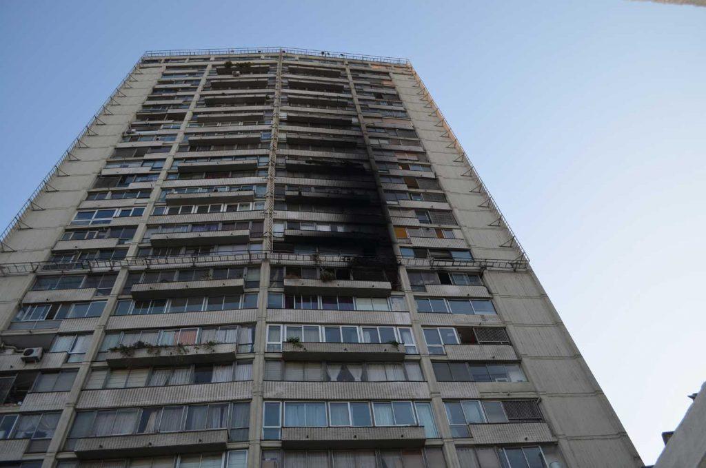 Incendio en Torres de Tajamar: 2 departamentos destruidos