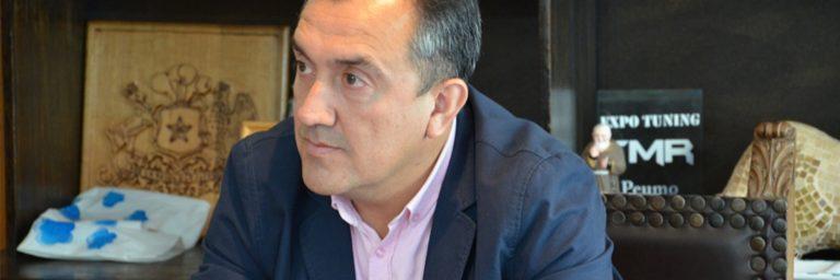 Acusan a alcalde de Peumo de ser un abusador de primera