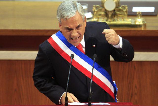 """Piñera pide a EE.UU. y China terminar con la """"dañina guerra"""" comercial"""