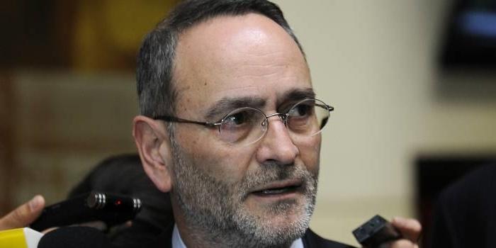 """Saffirio emplaza a Presidenta Bachelet a que """"de una vez por todas termine con el Sename"""""""