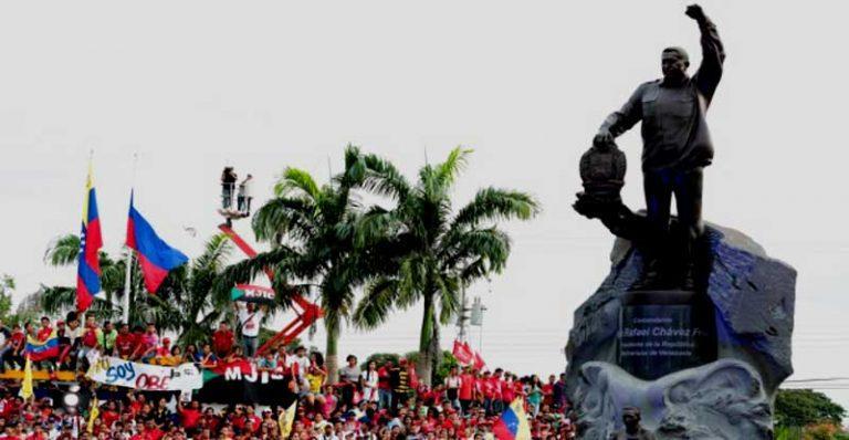 """Venezuela crea """"Premio Hugo Chávez a la Paz"""": Los primeros nominados Presidentes de Rusia y Colombia"""