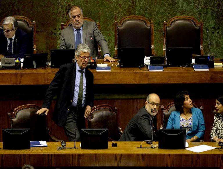 Ministro Valdés queda sin piso: Cámara de Diputados rechaza Veto Aditivo y NO hay reajuste fiscal