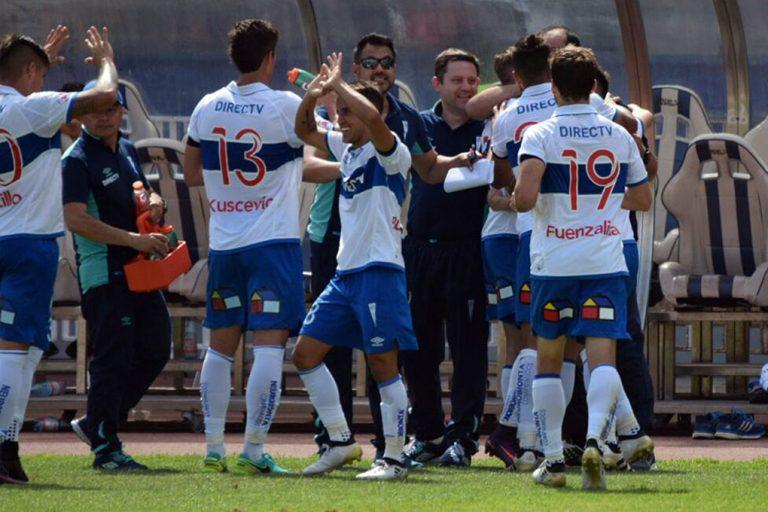 Universidad Católica goleó a Deportes Antofagasta y sigue a la caza de Deportes Iquique