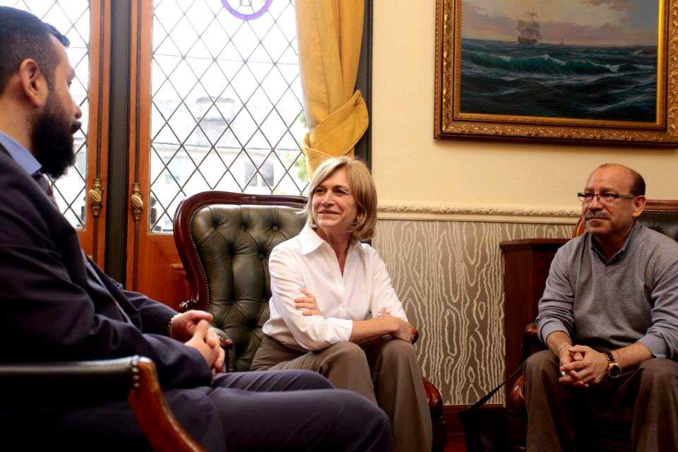 Providencia desmiente cierre de oficina para la Diversidad y se reúne con Movilh para despejar dudas