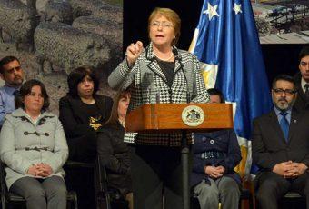 Bachelet en Punta Arenas: Este domingo inaugurará Aeropuerto de Pto. Natales