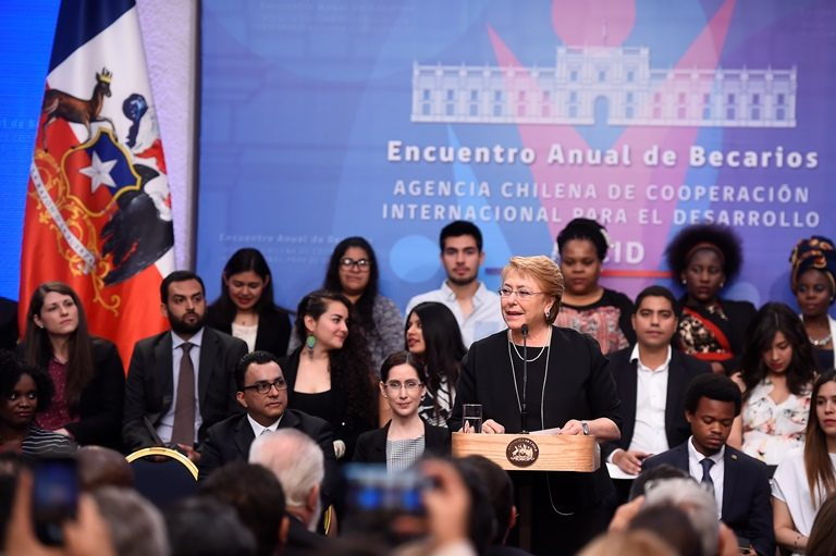 """Bachelet por Cartel de los Pañales: """"Esas malas prácticas afectan directamente la confianza"""""""