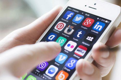 Casi 78% dice que quiere dejar las redes sociales, pero el miedo a perder amigos y mensajes publicados los hace quedarse