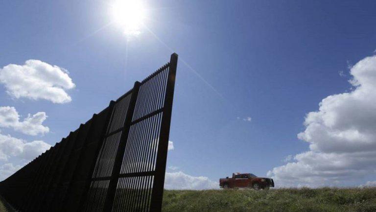 Insólito: Trump pide impuesto del 20% a importaciones desde México para financiar el muro