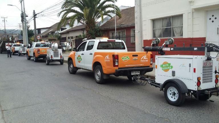 Municipalidad de Puente Alto envía torres de iluminación para apoyar emergencia provocada por incendios