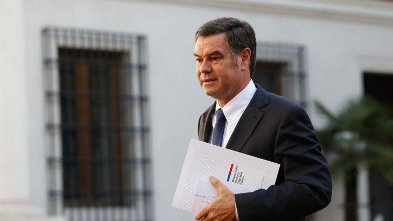 Ossandón llama a 'operadores políticos' a renunciar a sus cargos