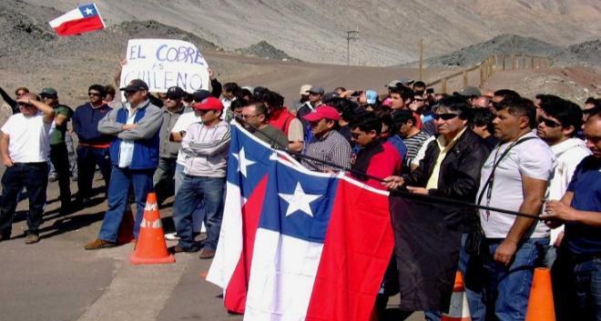 Problemas de agenda de parte de Minera Escondida obligó a suspender reunión para acercar posiciones y terminar huelga