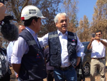 """Piñera se defiende como gato de espalda: """"Todos los correos que eran relevantes y pertinentes fueron entregados"""""""