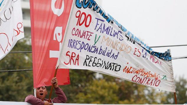 """Pobladores impiden piscinazo y Kika Silva dice que """"vivimos en un país de contrastes y hay muchas necesidades no resueltas"""""""
