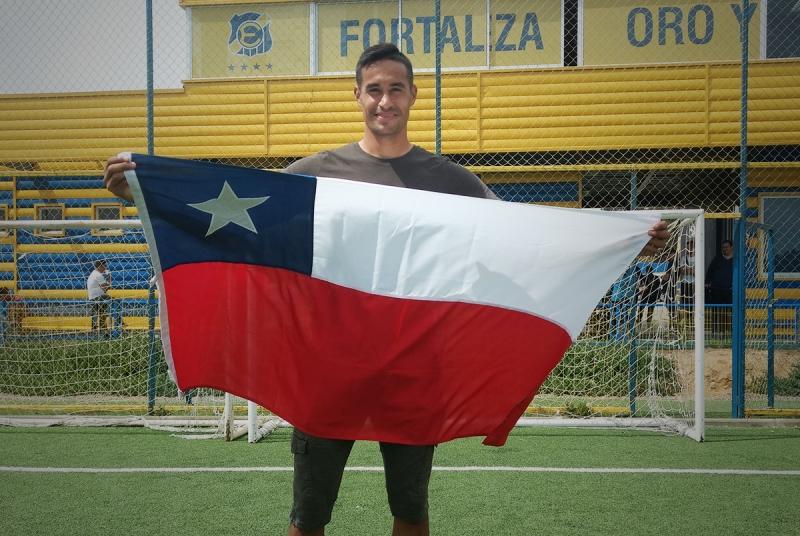 """Becerra ya recibió su carta de nacionalidad: """"Estoy orgulloso de ser chileno"""""""