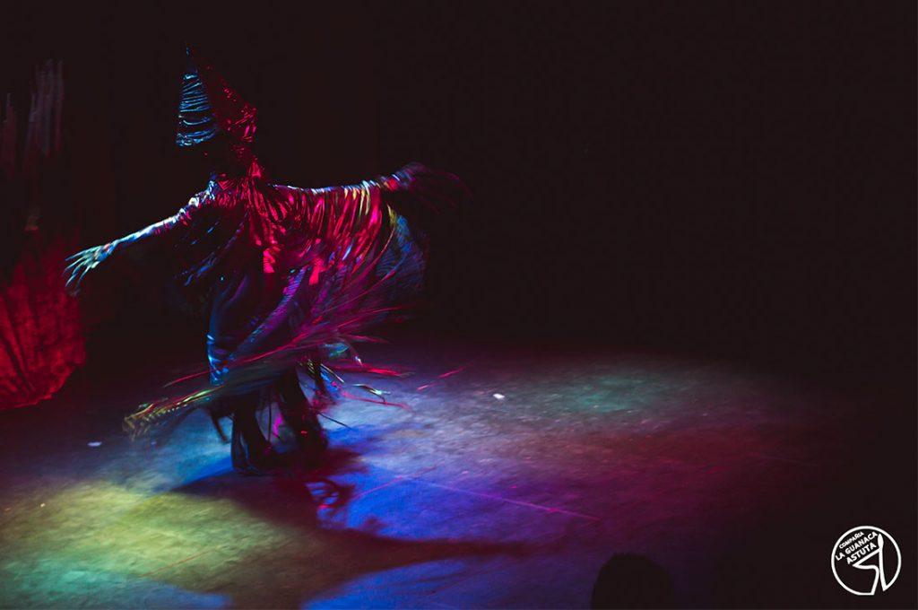 """Obra de teatro familiar sobre la mitología Selk´nam: """"El fin de los Howenh"""""""