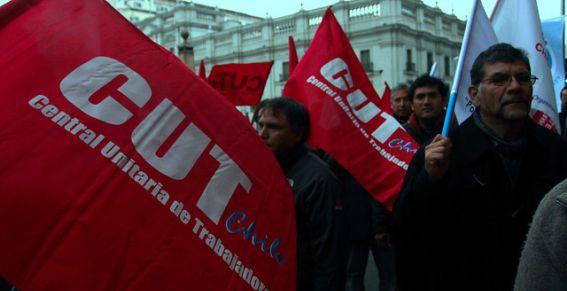 La CUT en problemas: Dirección del Trabajo hace denuncia ante la justicia por uso de documentos falsos en la última elección