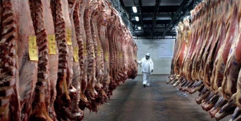 SAG modifica la restricción a carne brasileña y mantiene medidas solo a frigoríficos involucrados