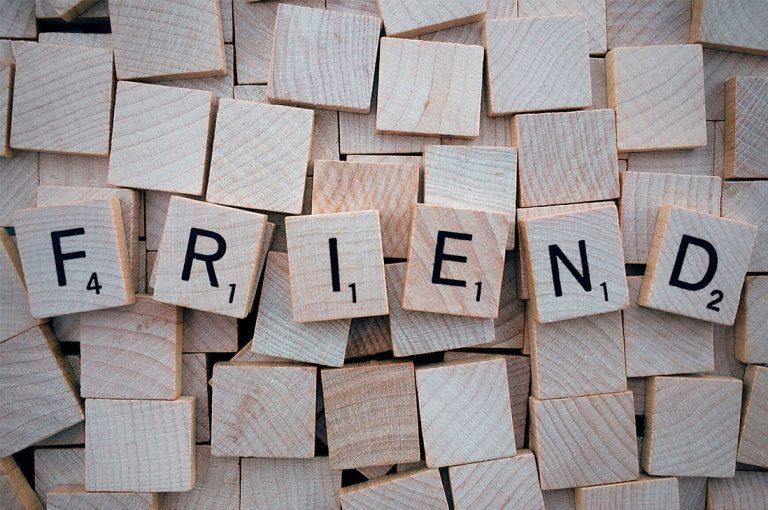 5 trucos pueden hacer que te vuelvas un experto en hacer amigos