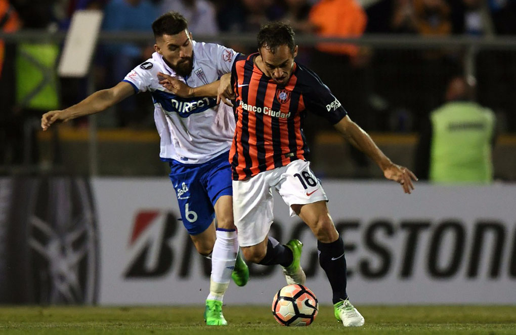 La UC cede su invicto copero tras caer ante San Lorenzo en Buenos Aires