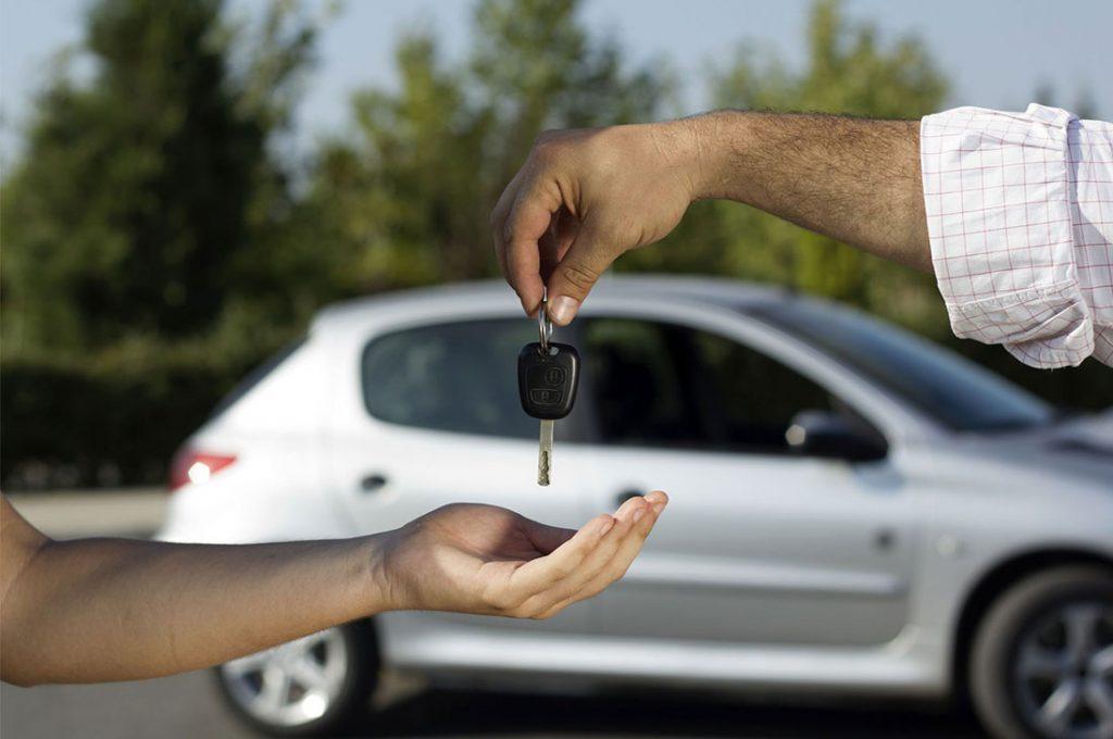 ¿Qué tener en cuenta al comprar un auto usado?
