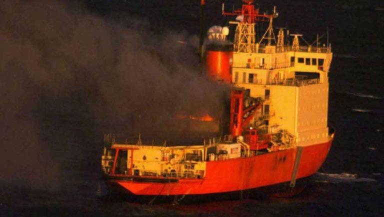 """Argentina: Reconstruido rompehielos """"Almirante Irízar"""" es uno de los 10 de los más grandes del mundo"""