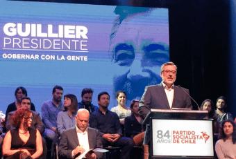 """Guillier es proclamado candidato del PS y le da duro a Piñera: """"Chile no se merece un gobierno bursátil"""""""