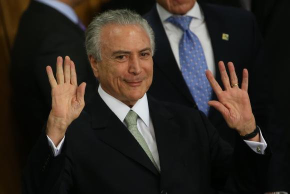 Escándalo en Brasil: Temer es acusado de comprar el silencio de un ex diputado corrupto