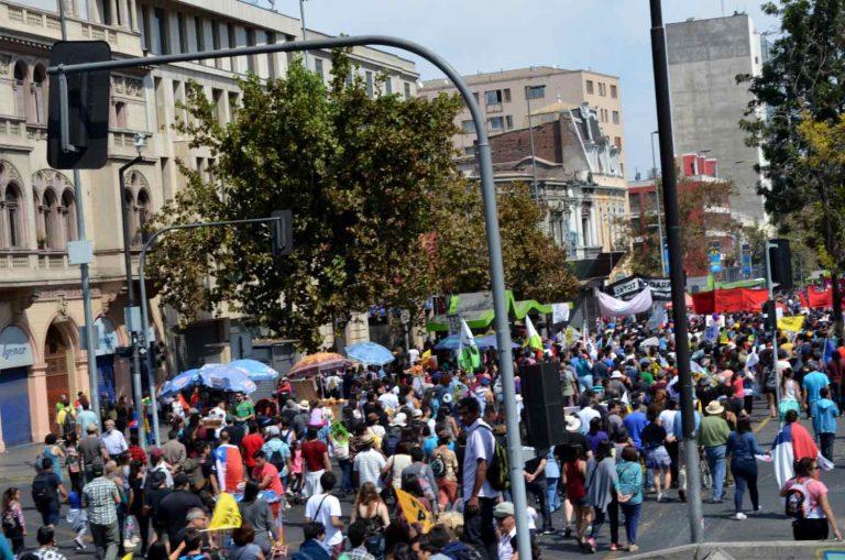 Recorridos y desvíos por Marchas del 1 de mayo en Santiago