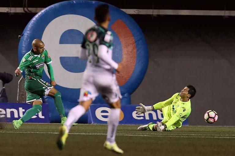 Audax golea a Wanderers y está en la pelea por la Copa