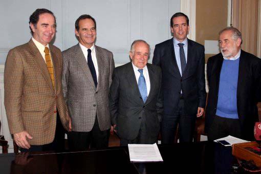 """Los flamantes """"cocineros"""" que preparan limitar el poder Presidencial en Chile...y claro mejorar el de ellos."""