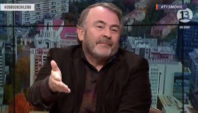 """Auth sobre Guillier: """"El problema que tiene es que piensa todavía en parte como periodista"""""""