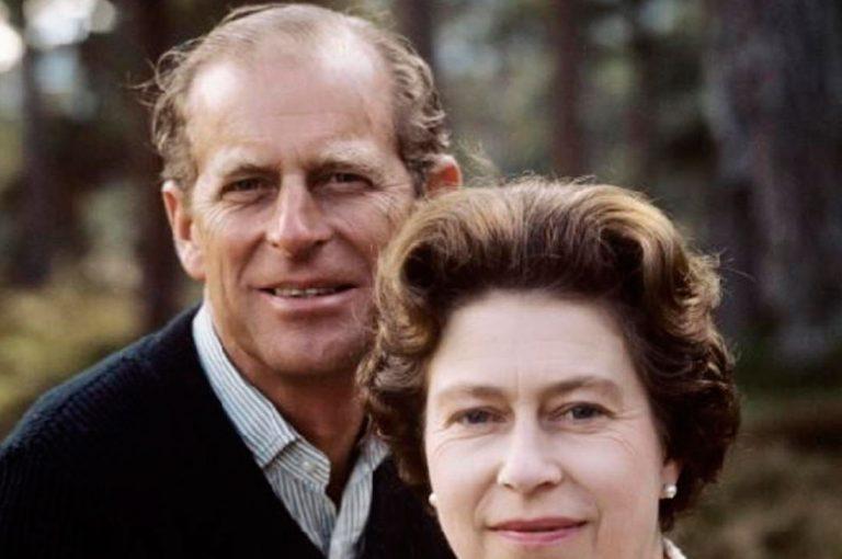 El Duque de Edimburgo se retira y estos son los 5 momentos más importantes de su vida
