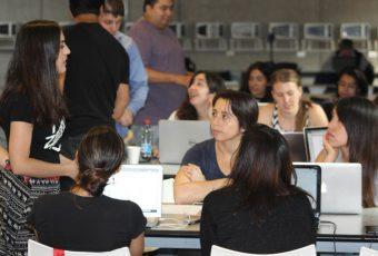 HACKGIRLS: La iniciativa que busca crear una revolución digital femenina acercando a las mujeres a la programación