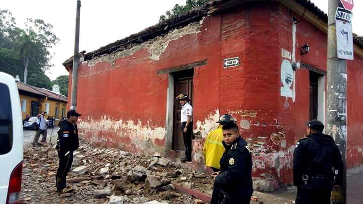 Terremoto causó alarma y daños en América Central y México